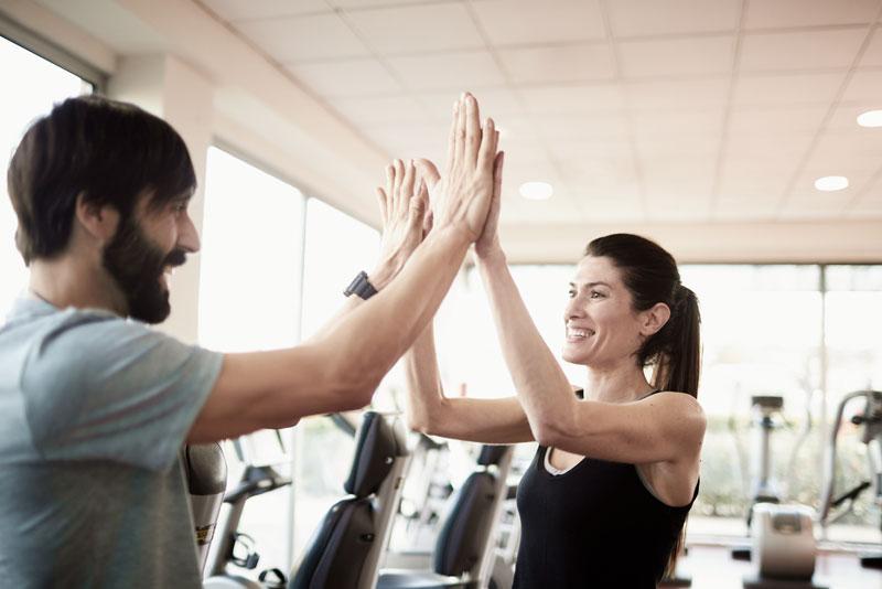 Cómo empezar a entrenar por primera vez en el gimnasio